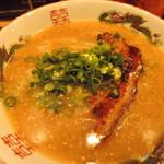 93165045 - 【泉ラーメン 平打ち麺】650円