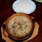 グリル アンブロシア  - 鮭とマッシュルーム