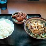 デイリーヤマザキ - 料理写真:白エビのかき揚げそば、から揚げセット