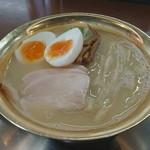 市松 - 料理写真:極鶏白湯