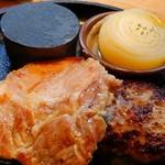 93170533 - 岩手県産岩中豚の塩麹グリル&听屋自家製ハンバーグ