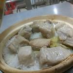 Hing Kee Restaurant - 料理写真:塩魚背骨。来ても焦るな。