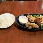 鶏Dining Bird Place - TORIから揚げランチ全景