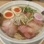 らーめん香澄 - 料理写真:【味玉とり醤油】¥850