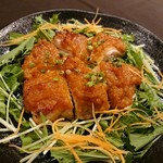 東北うまいもの酒場 プエドバル - 青森あべ鶏モモ肉の生姜風味味噌焼き