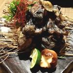 93188683 - 国産熟成肉鶏の炭火焼き(小) 790円