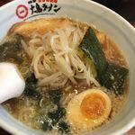 大島ラーメン - 大島ラーメン700円+もやし100円