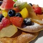 93197488 - ◆「たっぷりフルーツパンケーキ」