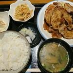 ごはん処 のぐっち - しょうが焼き定食(880円税込)