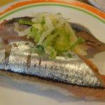 魚心 - 「生さんま」120円