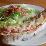 ルドリュロラン - トマトチーズ&サラダ