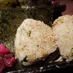 魚屋ひでぞう - シラスと生のりの炊きこみおにぎり(2個) 300円