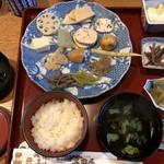 久田屋 - 田舎料理定食