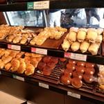 デリフランス - 飾られているパン達3