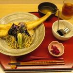 天ぷら やす田 - ランチサービスの穴子天丼@1000円(税込み)