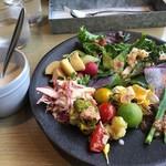 Cosme Kitchen Adaptation - ORGANIC SALAD & DELI~から
