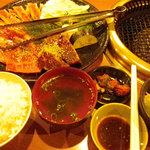 焼肉こさる - 料理写真:上カルビセット+ハラミ
