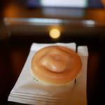 阿闍梨餅本舗 京菓子司 満月 - 料理写真: