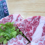 焼肉みよし - 米沢牛カルビのアップ