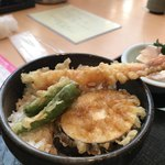 華花 - シシトウ、サツマイモ、エビの天丼