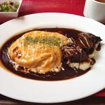 山形ステーキ&カフェレストラン 飛行船 - とろとろオムライス&山形牛ビーフシチューソース ランチセット ¥1,728