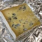 ワインアンドチーズ ホッカイドウノウコウシャ - 江丹別の青いチーズ