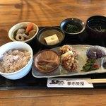 夢市茶屋 - 古代米御膳(1080円)