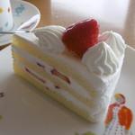 93246391 - イチゴのショートケーキ
