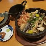 93250196 - 石鍋で秋刀魚のひつまぶし風
