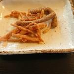 日和 - 蕎麦かりんとうが出ました。ポリポリ。