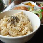 米の子 - 自慢の玄米。