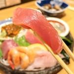 魚屋スタンドふじ子 -