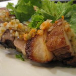 湘南の魚とワインの店 ヒラツカ - 自家製塩漬け豚のロースト