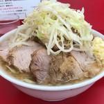 ラーメン二郎 - 小豚(ニンニク,アブラ)