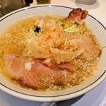 らーめん鱗 - 料理写真:らーめん鱗 茨木店