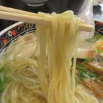 あじさい - ストレートの細麺