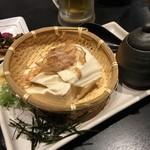 jidoriwashokukoshitsuizakayatorishin - 寄せどうふの冷奴