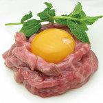 高麗ガーデン - 料理写真:赤身和牛ユッケ(低温調理)
