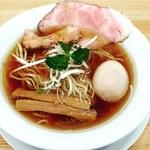 ヌードルショップ アラカワ - 料理写真:鴨だし味玉ラーメン 醤油(880円)