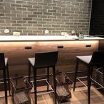 サザコーヒー KITTE - 壁際にもカウンター席
