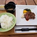 海のレストラン - オリーブ牛