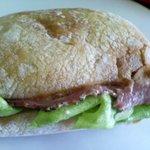 リリライン - ビーフサンドイッチ