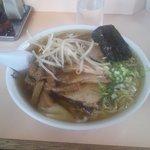 9330083 - チャーシューワンタン麺(1050円)