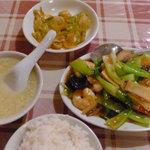 興口福 - 海老と青梗菜の炒めのランチ