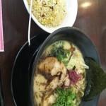 鶏白湯 らぁ麺 荻 -