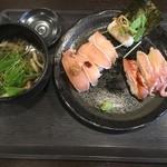 93304450 - 肉寿司盛り合わせ(8貫)、和風出汁付き