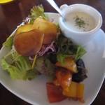 カフェ 坂の下 - ランチ サラダ
