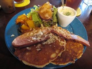 カフェ 坂の下 - チーズパンケーキ ドリンクセット