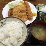 ほづみとんかつ店 - 料理写真:ミックスカツ定食
