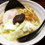 無銘 - 料理写真:熟成練り醤油らーめん:700円